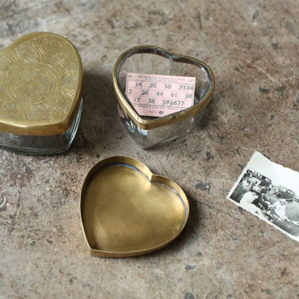 BEME BRASS HEART POT -LARGE 5.5 X 11.5 X 10CM